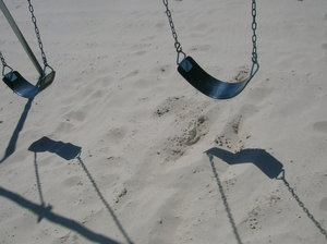 empty-swings1